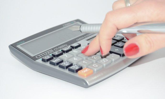 calculadora impuestos